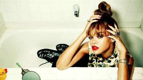 Rihanna-Wallpaper