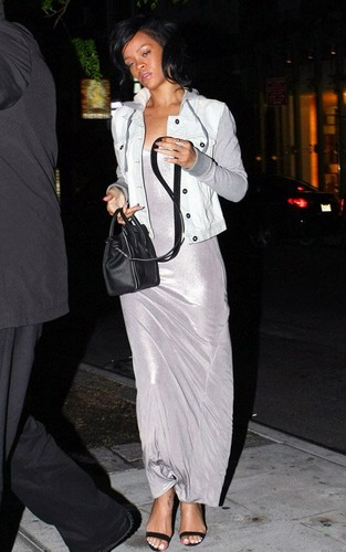 Rihanna out for dinner at Da Silvano in NYC