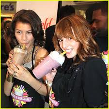 SHAKE IT UP!!!:) - shake-it-up Photo