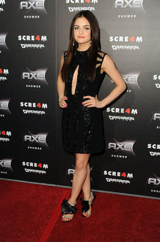 Lucy Hale wallpaper probably with a sign titled Scream 4 World Premiere