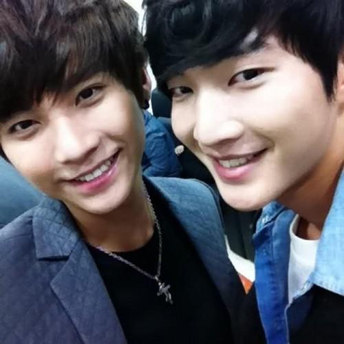 Seung Hyun & Se Hyun
