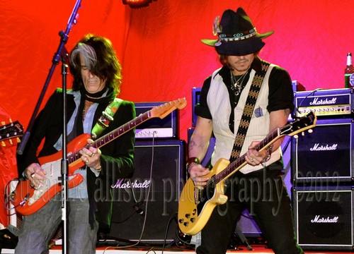 Steven Tyler, Johnny Depp, Joe Perry, Marilyn Manson…rock ícones geléia, geleia like nobody's watching