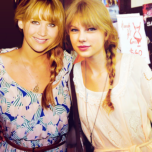Taylor Swift wallpaper probably containing a portrait called Taylor with Jennifer Lawrence!