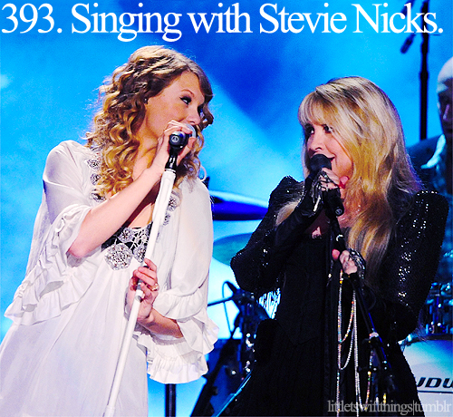 Taylor with Stevie Nicks!