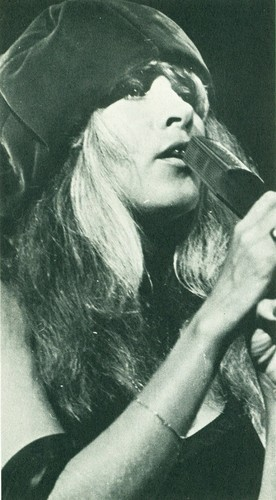 Stevie Nicks wallpaper titled Vintage Performance