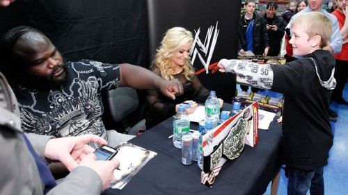 WWE Worldwide 2012-United Kingdom