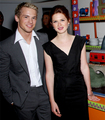 With Bonnie Wright - freddie-stroma photo