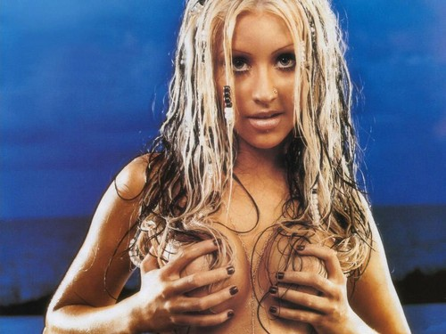 Christina Aguilera wallpaper possibly containing a portrait titled Xtina