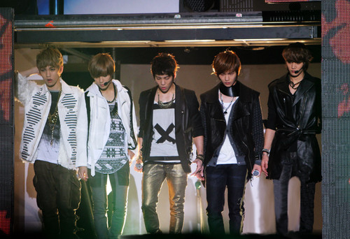 awesome shinee picture =w= - smentertainment Photo