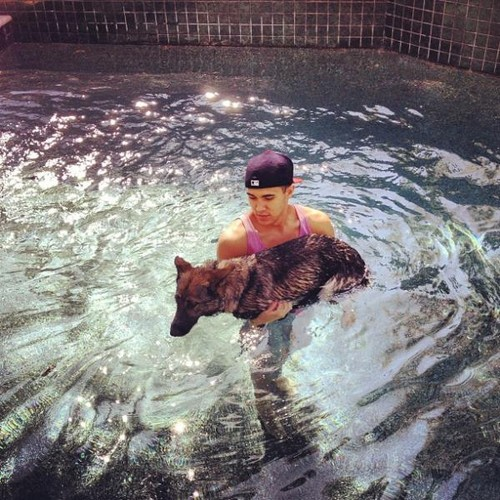 carlos with his dog!!!
