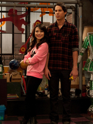 Icarly images iopen a restaurant wallpaper and background - Icarly wallpaper ...