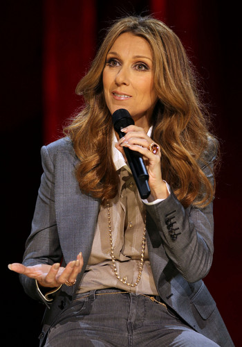 Celine Dion wallpaper possibly containing a business suit, a well dressed person, and a concert called press conference after her show at the Colosseum