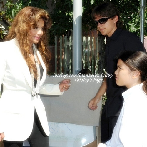prince and blanket - prince-michael-jackson