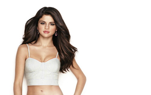 Selena Gomez wallpaper possibly containing attractiveness and skin titled seLena