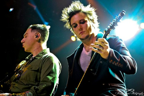 synyster and zacky - avenged-sevenfold Photo