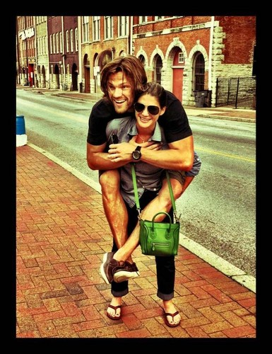 Jared Padalecki & Genevieve Cortese wallpaper with a street entitled ~Jared&Gen~