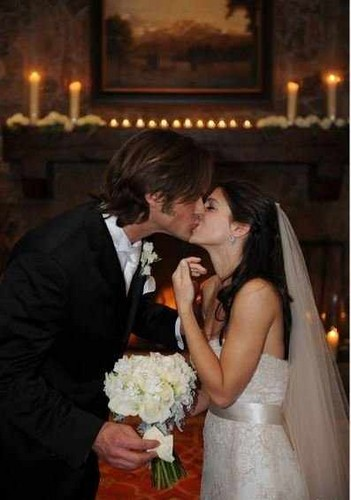 Jared Padalecki & Genevieve Cortese 壁紙 possibly containing a bridesmaid called ~Jared&Gen~