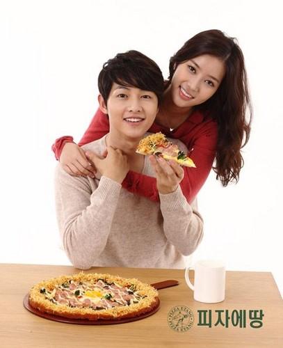Joong Ki & Im Soo Hyang pizza etang Cf