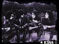 ☆ KISS ☆