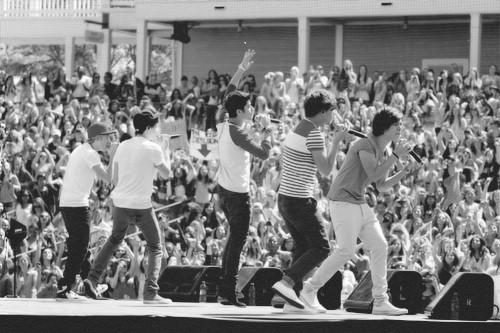 1D Black and White - One Direction Fan Art (30627619) - Fanpop