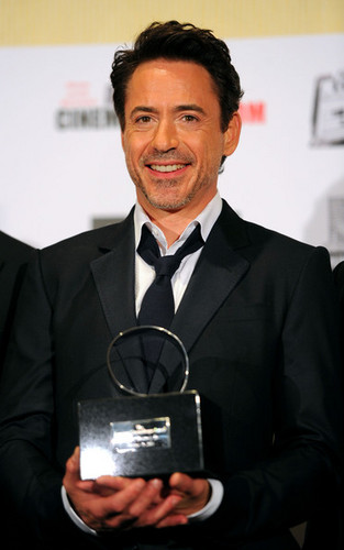 25th American Cinematheque Award Honoring Robert Downey, Jr. - चित्र Op