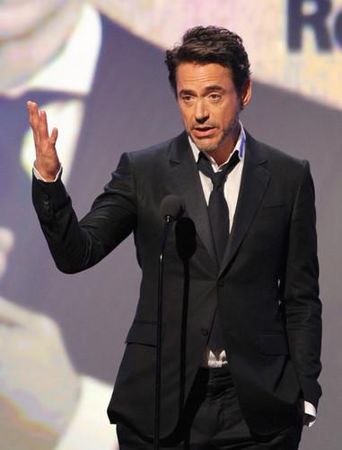 25th American Cinematheque Award Honoring Robert Downey, Jr. - tampil