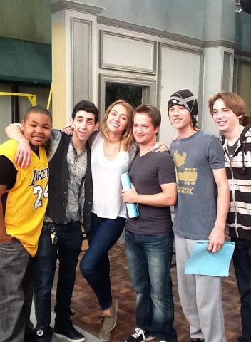 "26/04 On The Set Of ""Kickin' It"" - miley-cyrus Photo"