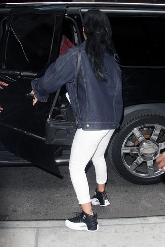 Arrives Back At Her New York Hotel [24 April 2012]