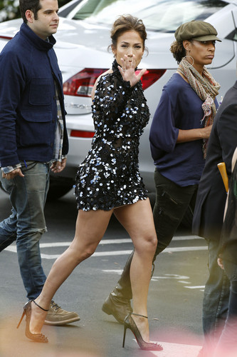 Arriving At American Idol Elimination Show In Hollywood [26 April 2012]