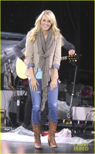 Carrie Underwood: 'Blown Away' Fall Tour Dates Announced!