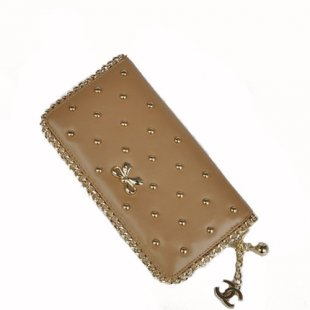 Chanel rivets leather zipper wallet 杏