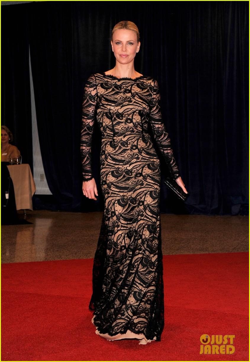 Charlize Theron - White House Correspondents' dîner 2012