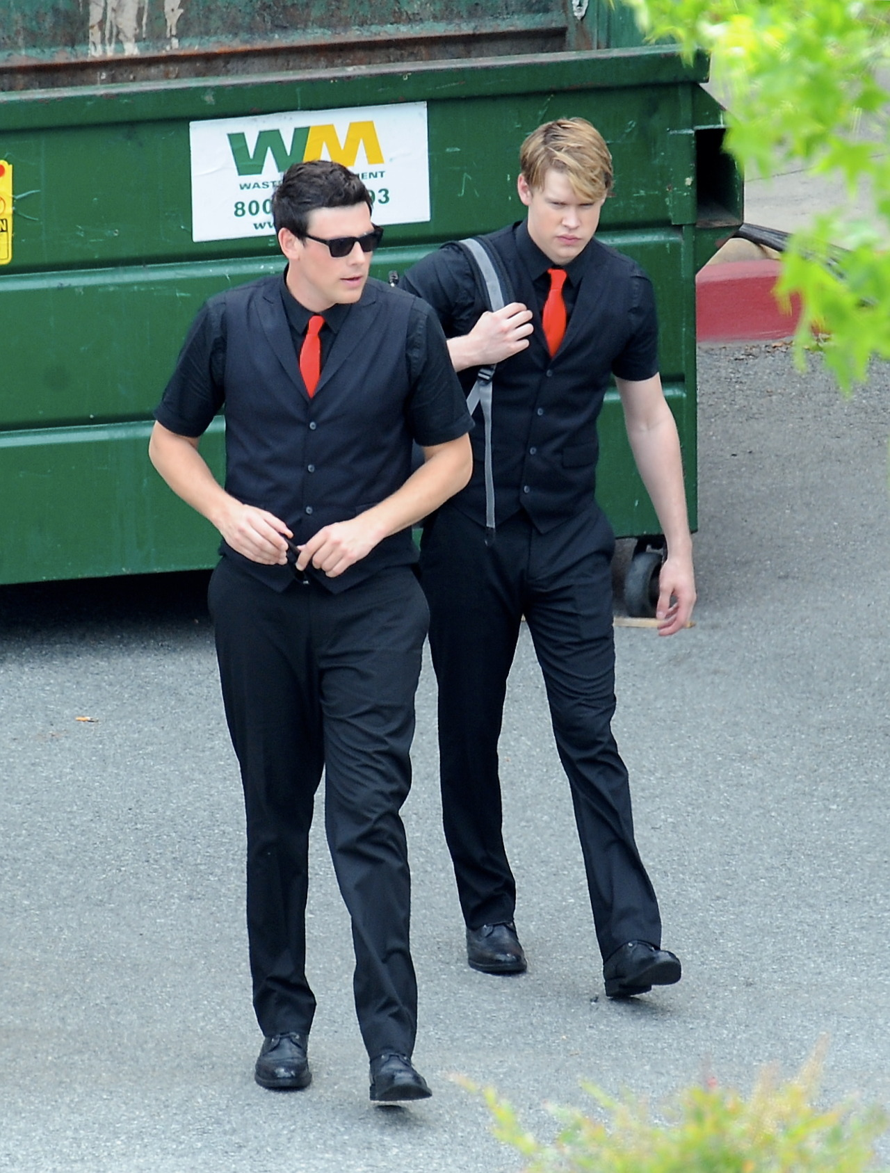 Cory on set of Glee filming Nationals