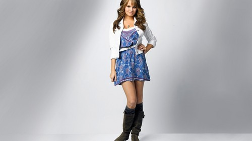 Debby Ryan wallpaper with a hip boot entitled Debby Ryan (HD)