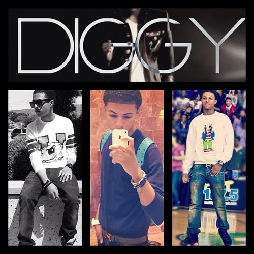 Diggy Simmons 바탕화면 probably with a sign called Diggy Simmons