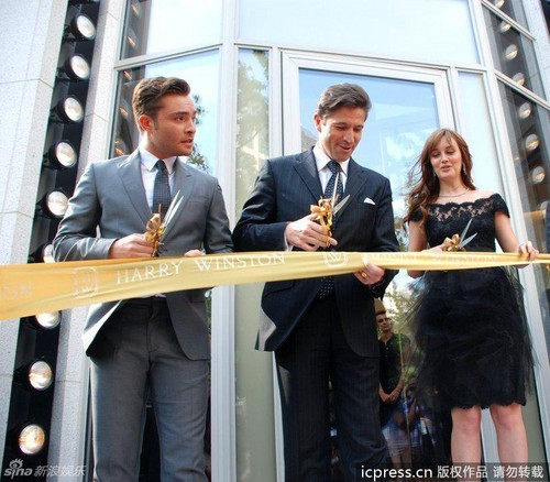 EL cutting the ribbon with the CEO of Harry Winston in Shanghai