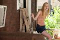 Elle Fanning - Super 8 - elle-fanning photo