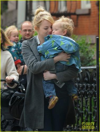 Emma Stone: Baby Buddy!