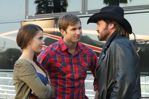 Episode Stills - Tis Pity (4x22) - 90210 Photo