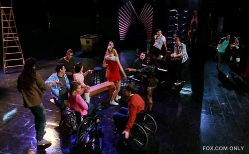 Glee Dance with Somebody