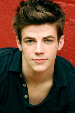 Grant Gustin= Finnick Odair - finnick-odair Photo