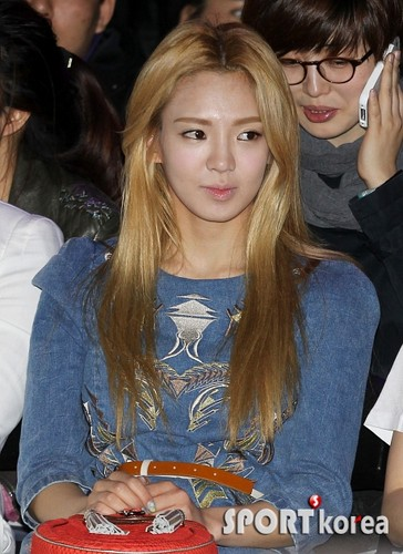Hyoyeon @ Lee Bohyun Collection Fashion Show