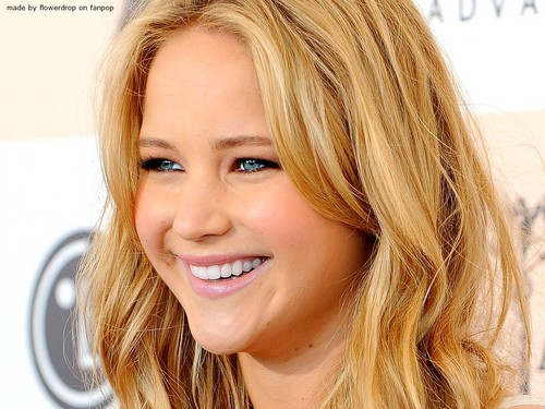 Jennifer Lawrence wallpaper with a portrait titled Jennifer Lawrence Wallpaper ღ