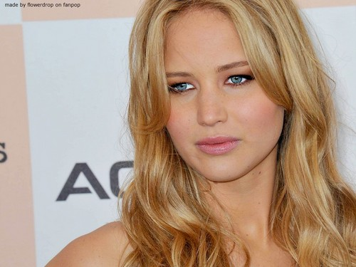 Jennifer Lawrence hình nền with a portrait and attractiveness titled Jennifer Lawrence hình nền ღ