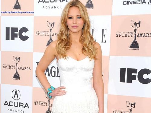 Jennifer Lawrence پیپر وال ღ