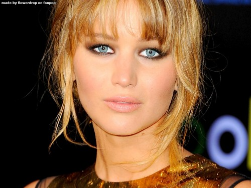 Jennifer Lawrence wallpaper possibly containing a portrait entitled Jennifer Lawrence Wallpaper ღ