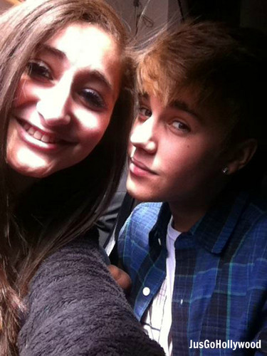 Justin Bieber with fan - April 28