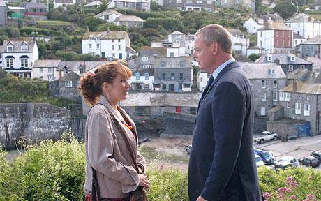 कैथरीन पारकिनसन वॉलपेपर containing a business suit and a well dressed person called Katherine on Doc Martin <3