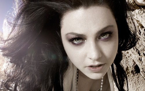 Amy Lee wallpaper containing a portrait called Lee