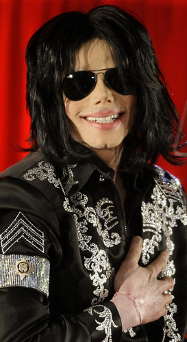 Michael Jackson Hintergrund containing sunglasses entitled MICHAEL!!! <3 xxx
